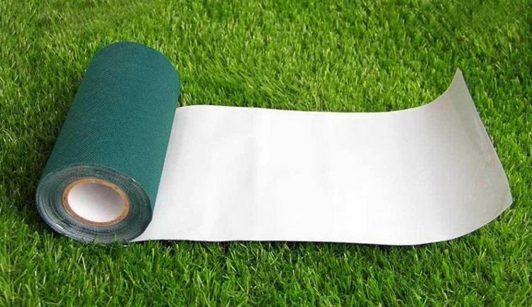 Turf-Tape-Lawn-Roll_02.jpg