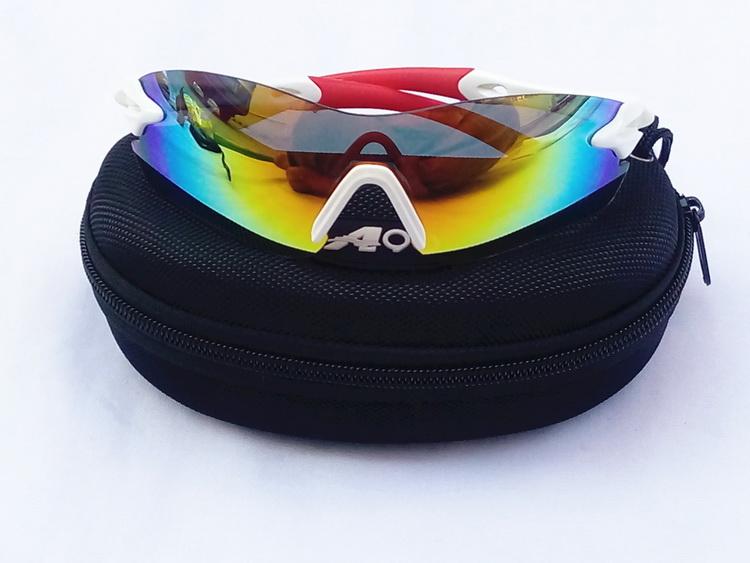 Sun-Glasses_03.jpg