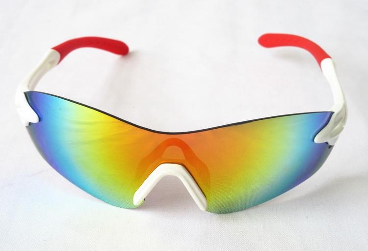 Sun-Glasses_06.jpg